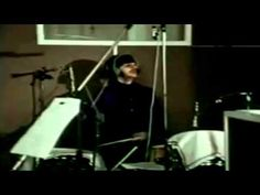 Go Home Productions - Downtown Octopus (Petula Clark vs The Beatles) - YouTube