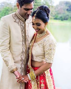 From kenya with love #wedding #Nairobi #windsorgolfclub #destinationwedding #hinduwedding #weddingphotographer #weddingphotography #London #love happy #family #f4f #boatentrance #shymal #bride #groom #lakesidemarquee #lakeside