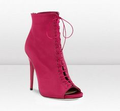 Latest shoes of Fall Winter Collection by Jimmy Choo - Imageck