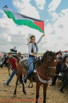 What an image. A picture full of hope. Long live Palestine.