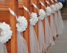 Set of 10 Half Pomanders with tulle tail--- Pew Decor. This listing is for 10 half pomander balls in ivory silk roses and ribbon and has a ivory tulle tail. Wedding Pew Decorations, Wedding Pews, Wedding Flowers, Wedding Church, Church Decorations, Tulle Wedding, Tulle Decorations, Pew Bows For Wedding, Wedding Backdrops