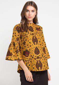 Bells Tunic Clastilo_1 Kulot Batik, Batik Kebaya, Blouse Batik, Batik Dress, Model Kebaya, Batik Fashion, Blouse Models, Gorgeous Fabrics, Blouse Outfit