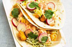 Taco med räkor, rädisor och het majonnäs