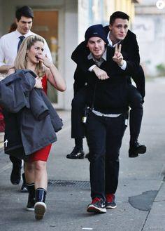 """Exclusif - Brandon Routh, Emily Bett Rickards et Colton Haynes sur le tournage de la série """"Arrow"""" à Vancouver, le 29 janvier 2015"""