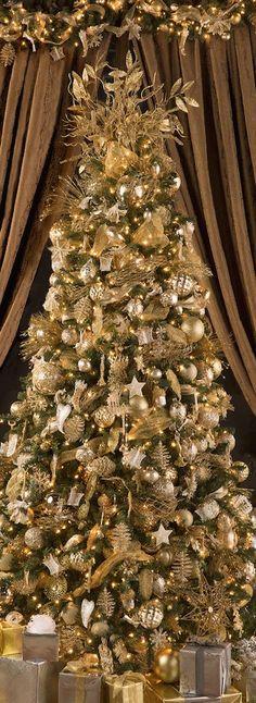 Trimming the Tree   Christmas Decorations   Christmas Tree