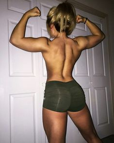 Third post today but who's counting🐸☕️ Body Inspiration, Fitness Inspiration, Workout Inspiration, Motivation Inspiration, Bodybuilder, Fitness Models, Live Fit, Fit Board Workouts, Strong Girls
