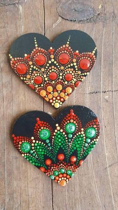 Hand painted wood magnet,sealed with varnish for protection and long lasting colours. Great and affordable gift for someone you love. Dot Art Painting, Rock Painting Designs, Mandala Painting, Stone Painting, Painting On Wood, Painted Rocks, Hand Painted, Painted Wood, Deco Ethnic Chic