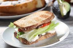 Sándwich de frijol y queso | Cocina y Comparte | Recetas