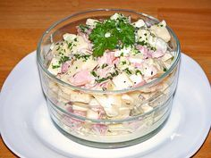 Käsesalat – einfach & lecker, ein beliebtes Rezept aus der Kategorie Eier & Kä… Cheese salad – simple & delicious, a popular recipe from the category of eggs & cheese. Egg Recipes, Cheese Recipes, Salad Recipes, Snacks Recipes, Sandwich Recipes, Chicory Salad, Egg Salad Sandwiches, Hamburger Meat Recipes, Cheese Salad
