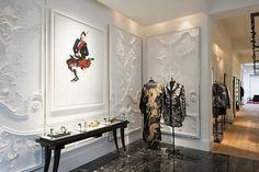 Alexander McQueen flagsip store by David Collins Studio Sarah Burton, London store design Alexander Mcqueen, David Collins, Interior Architecture, Interior Design, Design Interiors, Gothic Furniture, Painted Furniture, Furniture Design, Fashion Wallpaper