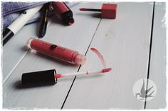 Lipgloss English Rose from Lily Lolo