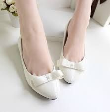 Risultati immagini per scarpe da sposa basse