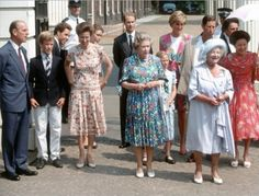 1990-08-04 Diana and Charles with members of the Royal Family at Clarence House on the occasion of the Queen Mother's 90th birthday