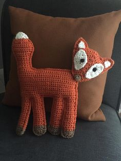 This pattern is simple, beginner friendly, and uses basic stitches. It works up very quickly, and is super cute!