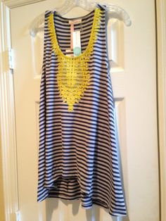 August 2014 Stitch Fix Review – Stitch Fix #6 // Le Sample: Kahlo Embroidered Racerback Tank