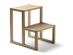 Taburetes escalera de madera TT2-3 by Nikari | diseño Kari Virtanen