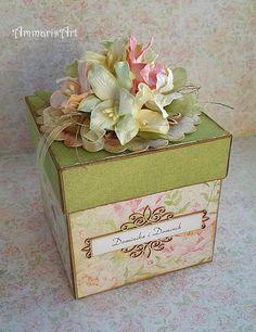 Wedding, exploding box