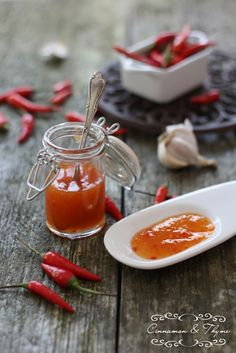 Cinnamon and Thyme: Čilijeva omakca / Sweet chilli sauce Dips, Thai Sweet Chili Sauce, Slow Food, Food Inspiration, Healthy Recipes, Jam Recipes, Food Photography, Food And Drink, Favorite Recipes
