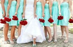 Oh red and aqua. I love that red roses can go for a summer wedding with this!