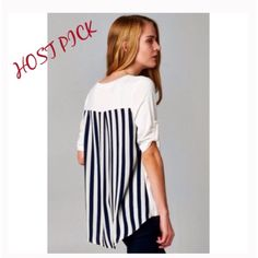 "❗️LAST ONE❗️5⭐️ RATED BLACK AND WHITE TOP - SMALL Love Brandy Melville?  You will love April Spirit. Super cute top in White with beautiful black stripped detailing in back, roll up sleeves, and a front pocket. Uber soft, and an amazing quality.  Top has a lot of stretch. 95% Rayon; 5% Spandex.  Measurements lying flat are: Small -Bust 18""; Front length 24""; back length 28"".   A must-have wardrobe staple. Runs true to size. MADE IN USA . THIS LISTING IS FOR A SMALL, AND AVAILABLE TO…"