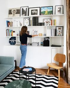 Best small home library bedroom 19 Ideas Living Room Storage, Shelves, Home, Small Home Libraries, House Interior, Home Office Design, Small Room Bedroom, Home Deco, Home Library