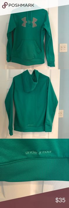 Under Armour hoodie size medium Under Armour hoodie size medium Under Armour Tops Sweatshirts & Hoodies