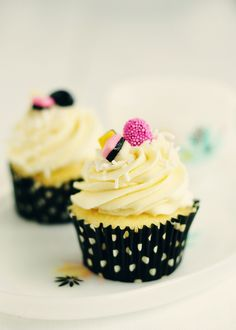 Vanilla Almond and Anise Cupcakes - Just like little licorice all-sorts :) from Sweetopolita