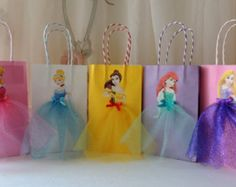 10 Pieces Disney Princess Birthday Goody Favor Glitter Tutu Bags Thank You Tags Cinderella Belle Rapunzel Ariel Little Mermaid Aurora – Geburtstag Birthday Favors, Birthday Party Decorations, Party Favors, Party Themes, Birthday Parties, Ideas Party, Birthday Gifts, Birthday Ideas, Princess Birthday Centerpieces