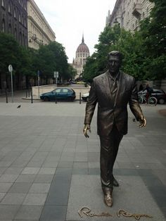 Ronald Reagan statue in Budapest, Hungary