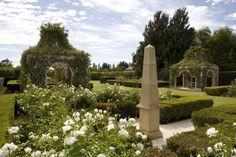 Paul Bangay Garden Design: Griffith