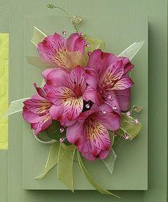 Alstromeria Corsage is one of our ultimate favs :) #winfieldflowers #wearableflowers