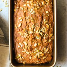 Healthy and easy pumpkin bread recipe made with no refined sugar or white flour. The BEST pumpkin dessert to make! Great Desserts, Homemade Desserts, Healthy Dessert Recipes, Chicken Spinach Lasagna, Spinach Stuffed Chicken, Spinach Stuffed Mushrooms, Stuffed Peppers, Cranberry Quinoa Salad, Balsamic Grilled Chicken