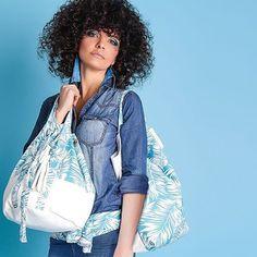 Miami Mood -  Disponibile a breve nel nostro e shop 🌟🌟🌟 V O  I  L  A  M  A  I  S  O  N . I T 🌟🌟🌟#staytuned #Voilà #accessorimoda #woman #womanbag #womanfashion #fashionblogger #fashionista #bags #instafashion #fashion #accessorize #Miami