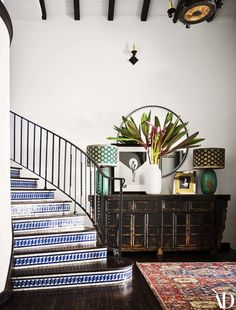 Alessandra Ambrosio Takes AD Inside Her Southern California Home . - Alessandra Ambrosio Takes AD Inside Her Southern California Home - California Decor, California Homes, Southern California, Spanish Style Homes, Spanish House, Beautiful Houses Interior, Beautiful Homes, Tiled Staircase, Stairs