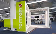 Sonos & TomTom shop in shops in Saturn by Storeage, Amstredam store design