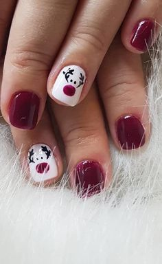 Stylish and Cool Christmas Nails Decoration Ideas 2020 Part 4 - Easy Nail Designs 💅 Cute Christmas Nails, Xmas Nails, Christmas Nail Art Designs, Holiday Nails, Christmas Tree, Simple Christmas, Gel Nails, Acrylic Nails, Manicure