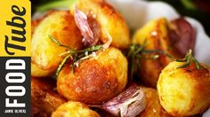 Roll up roll up - this is Jamie Oliver's favourite roast potato recipe, and soon it will be yours too! Showing you a variety of fats to use, fantastic flavours for seasoning, and his top cooking tips - your crunchy, golden roasties will reign supreme this Christmas!