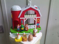 Old McVinkles Musical & Moving Farm Animals Barn Silo Playset 2015 Baby Genious  #BabyGenious