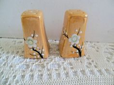 SMALL VINTAGE SALT AND PEPPER SHAKERS, NO CORKS