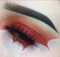 Pow!! @voodoodollzs inspiring us to smash through our to-do list today . . . #illmasqua #illamafia #illafam #crueltyfree #crueltyfreemakeup #crueltyfreebeauty #mua #muotd #makeupart #makeup #makeupartist