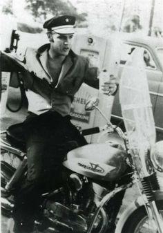 Elvis - July 4 1956