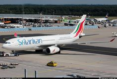 SriLankan Airlines suspends drunk pilot at Frankfurt Airport. @TheLocalGermany http://www.thelocal.de/20160821/sri-lanka-airline-suspends-drunk-pilot-in-frankfurt