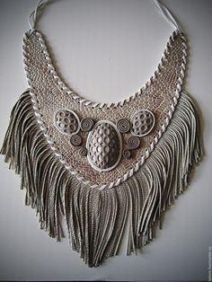 Leather necklace / Купить Колье из кожи с бахромой и оплеткой - бежевый, колье из кожи, бахрома, натуральная кожа, украшение