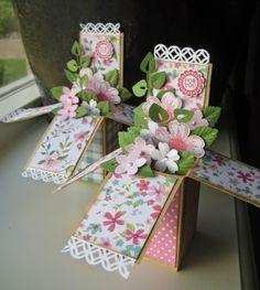Stampin' Up pop up card - petite petals Pop Up Greeting Cards, Pop Up Box Cards, 3d Cards, Stampin Up Cards, Card Boxes, Birthday Box, Birthday Cards, Box Cards Tutorial, Exploding Box Card