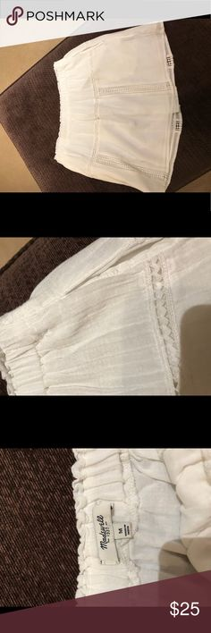 Great condition Madewell mini Great condition. Recently dry cleaned. Cotton and lined pockets Madewell Skirts Mini