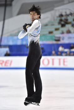 Yuzuru+Hanyu+ISU+Grand+Prix+Figure+Skating+xM25sedy-Gxx.jpg 683×1,024ピクセル