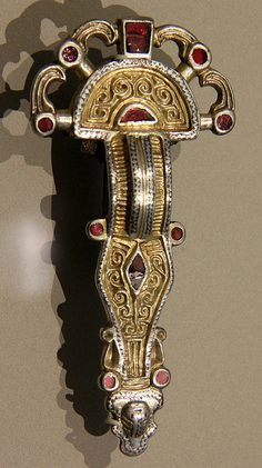 Anglo Saxon Brooch Fibula style, adopted from the Roman occupation.