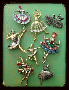 Vintage Costume Jewelry, Vintage Costumes, Vintage Jewelry, Diy Jewelry, Jewelery, Jewelry Design, Vintage Ballerina, Dancing Dolls, Tiny Dancer