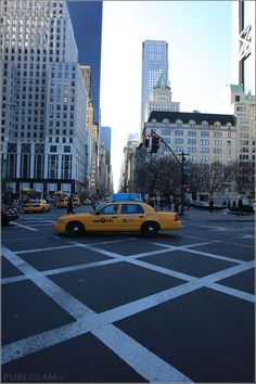 Streets of NYC with yellow taxi cab - Manhattan New York City