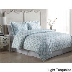 This 3-piece duvet cover set features an eye catching kaleidoscope pattern that will bring a chic and modern look to your bedroom. The 100-percent cotton set includes a duvet cover and two pillow shams (one pillow sham for twin size).